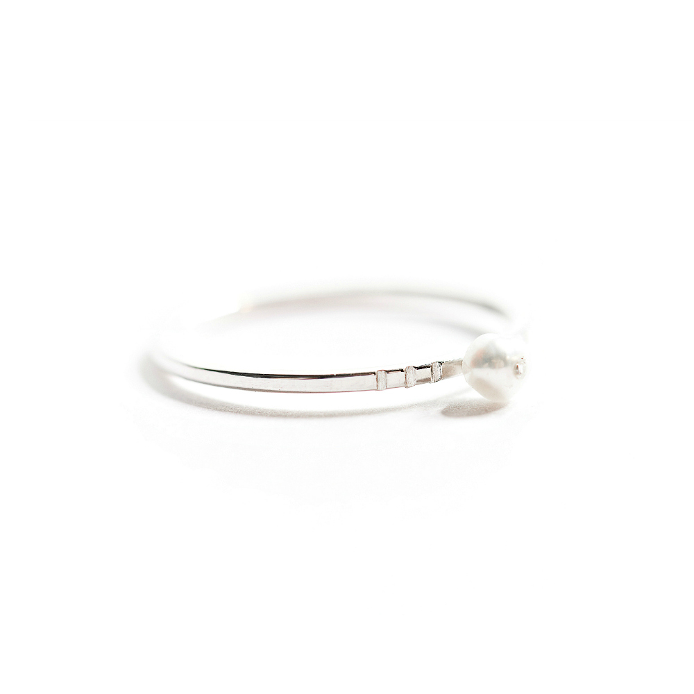 simple silver freshwater pearl ring yakutti